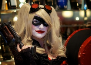 Harley Quinn ready to rumble at the bar, DragonCon 2013.